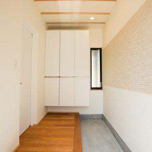 玄関土間スペース 高知県O様邸注文住宅施工実績 すべてのお部屋が南向きお家