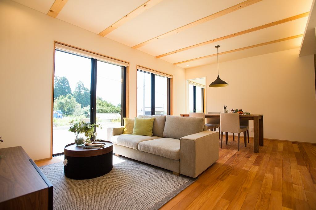 室内内観1|高知県O様邸注文住宅施工実績 すべてのお部屋が南向きお家