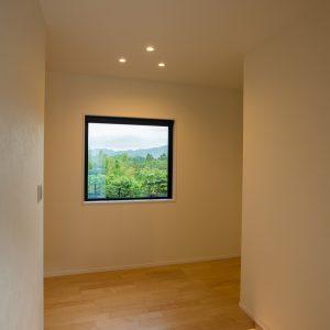 室内内観3 高知県土佐市A様邸注文住宅施工実績 ガレージのあるL型の家