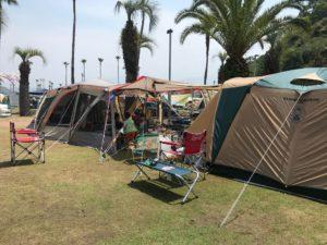 愛媛県新居浜市のキャンプ場のテントを張った画像|高知市注文住宅SAI