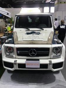 インテックス大阪にて関西エクステリアフェアに出展している車の写真|高知注文住宅SAI